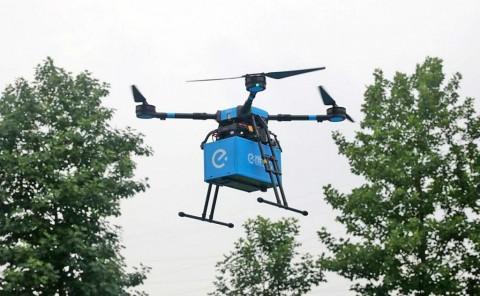 Di Tiongkok, Makanan Bisa Dikirim Pakai Drone