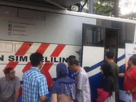 Pelayanan SIM Keliling di CFD Tetap Ramai
