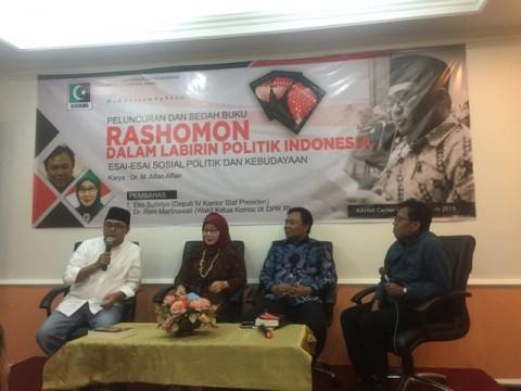 Labirin Politik Indonesia