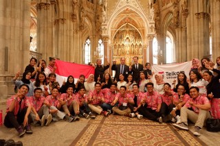 Telkom University Choir Kibarkan Merah Putih di Vienna