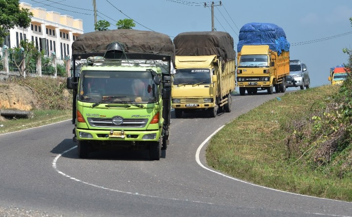 Pembatasan Angkutan Barang Mulai H-7 Lebaran