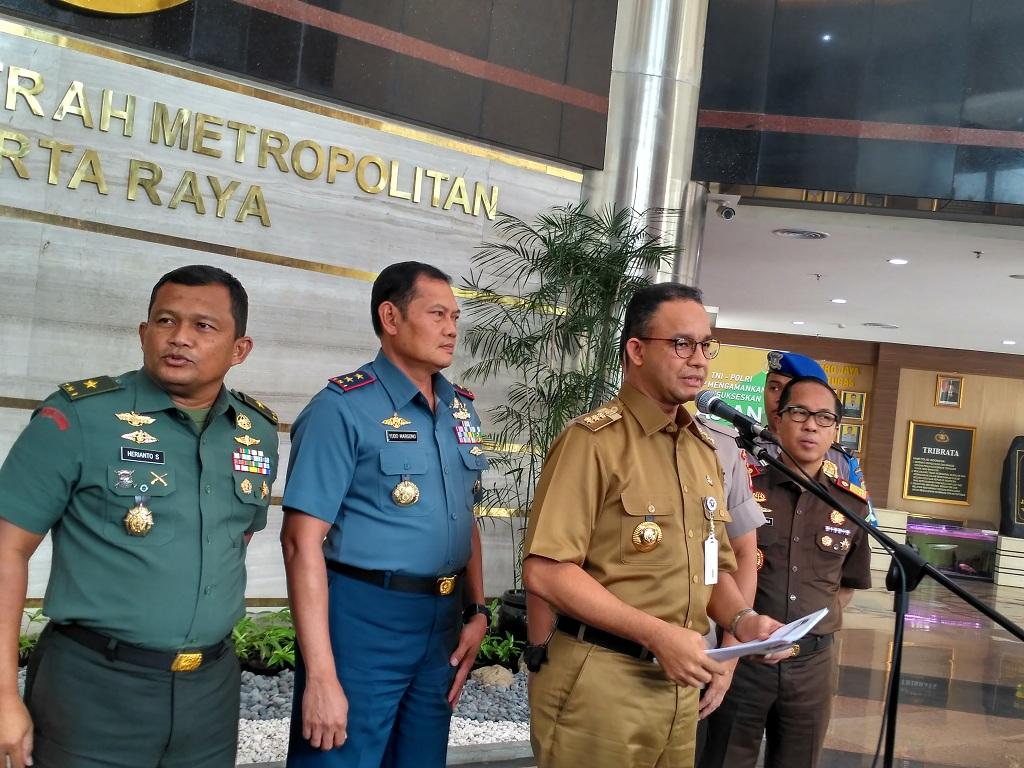 Gubernur DKI Jakarta Anies Baswedan bersama Anggota Forkompinda - Medcom.id/Nur Azizah.