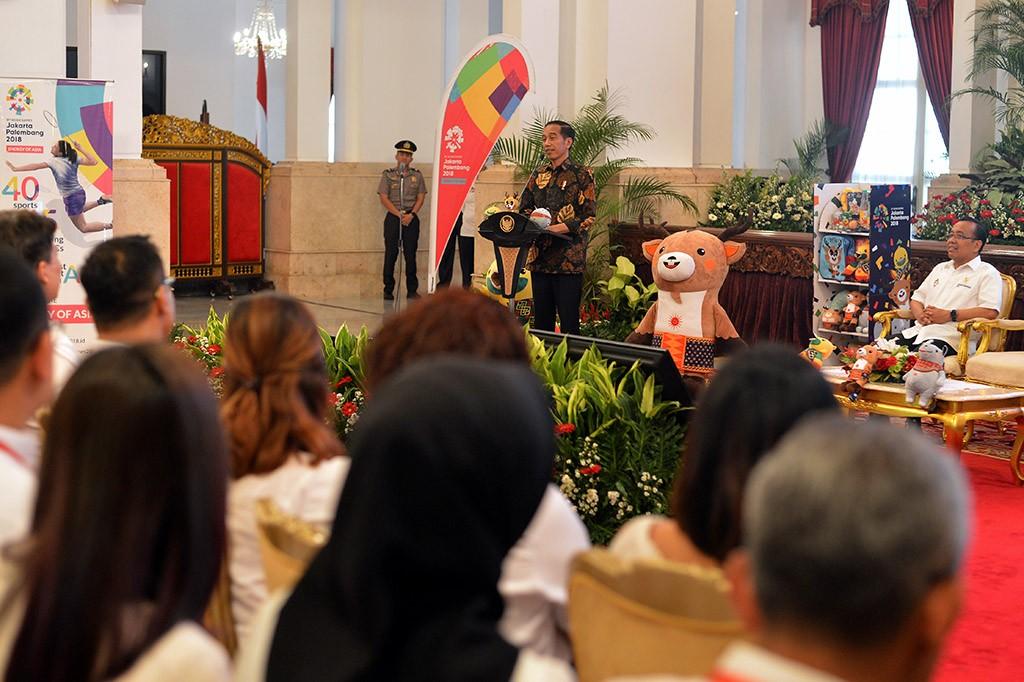 Jokowi Gaet Artis dan Vlogger 'Demamkan' Asian Games