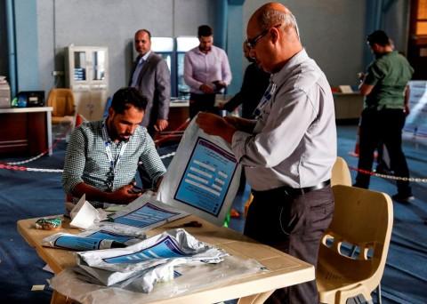 Irak Hitung Ulang Hasil Pemilu Parlemen secara Manual