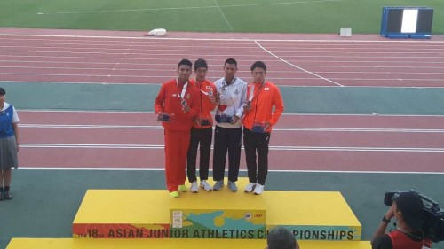 Idan bersama peraih medali di Kejuaraan Junior Asia (Foto: