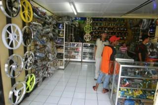 Penjualan Suku Cadang Motor Melonjak