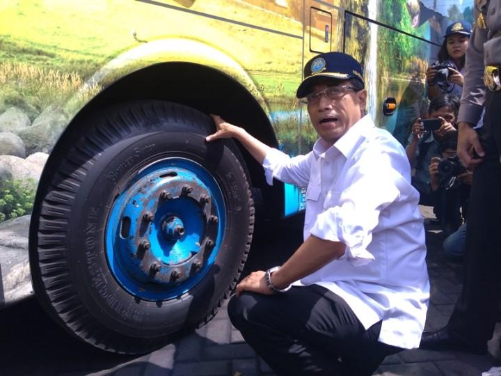 Menhub Temukan Bus Belum Diuji Kelaikan di Surabaya