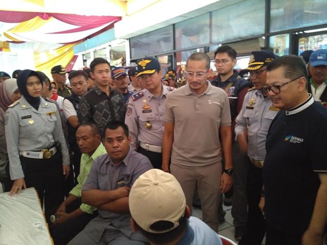 15 Pengemudi di Terminal Kampung Rambutan Tidak Sehat