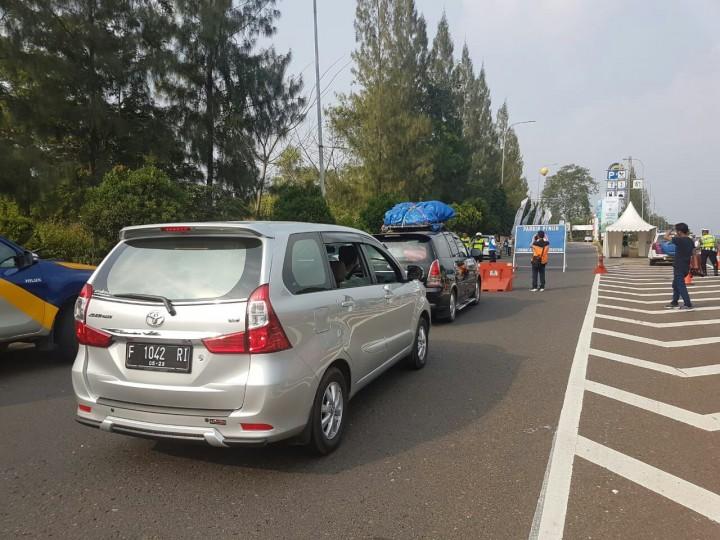 <i>Rest Area</i> KM207 Palikanci Dibuka Tutup
