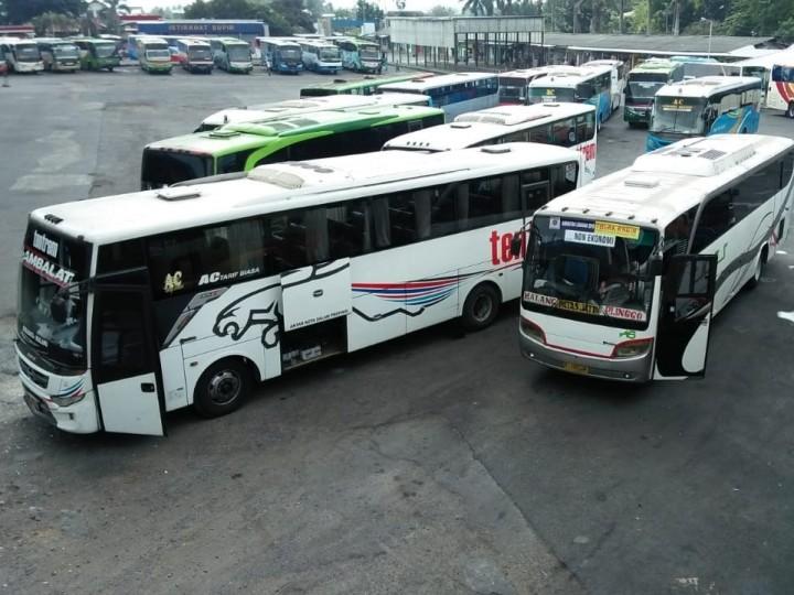 Bus di Malang Sepi Peminat