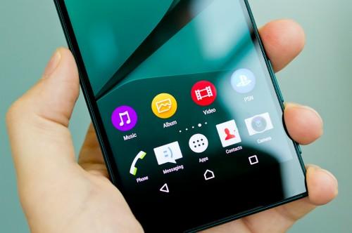 Sony memutuskan untuk menempatkan launcher Xperia Home Android