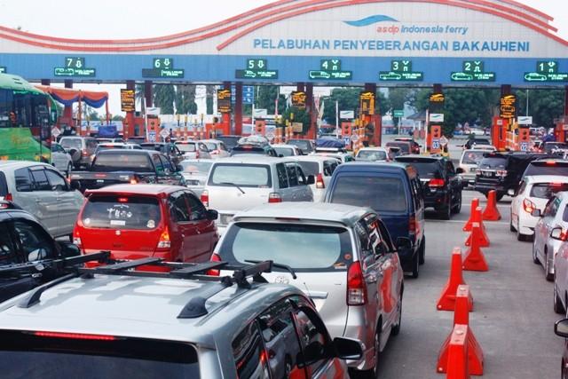 92 Ribu Kendaraan Diprediksi Tinggalkan Jakarta Hari Ini