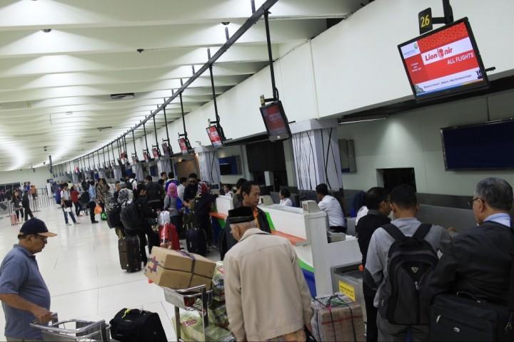 <i>Check In</i> di Bandara Soetta Dipermudah