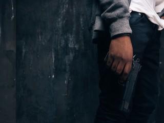 Pria Bersenjata Sandera Dua Orang di Prancis