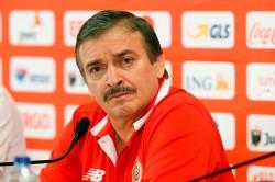 Dibantai Belgia, Pelatih Kosta Rika tak Kenal Siapa Hazard