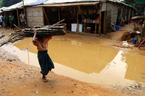 Sisa banjir di kamp pengungsi Cox's Bazar, Bangladesh. (Foto: