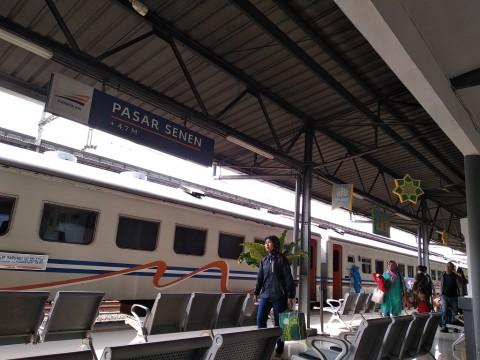 Situasi di Stasiun Pasar Senen - Medcom.id/Muhammad Al Hasan.
