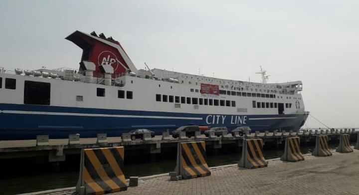 Warga Antusias Mudik Gratis dengan Kapal