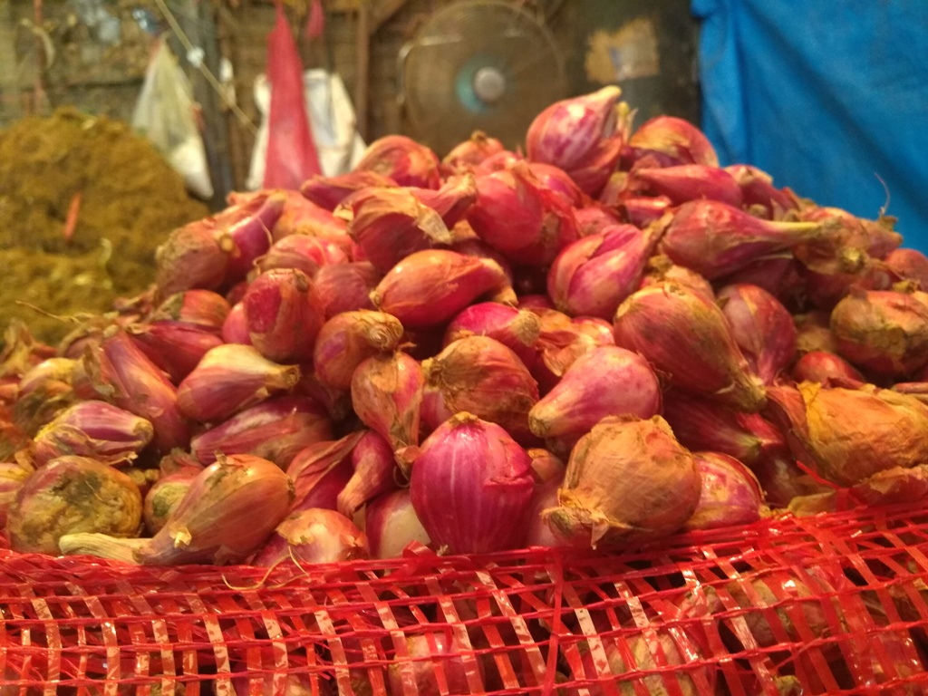 Ilustrasi pedagang bawang merah. (FOTO: Medcom.id/Kautsar)