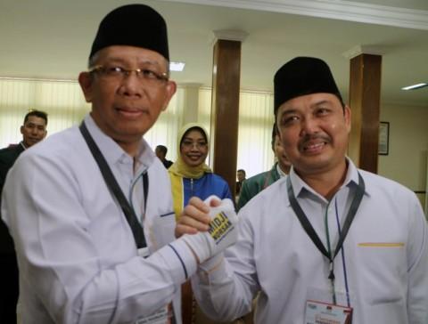 Wali Kota Pontianak Sutarmidji (kiri) dan Bupati Mempawah Ria