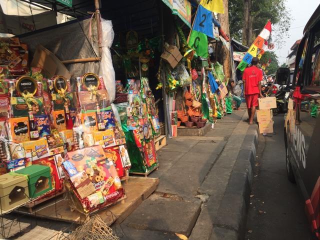 Parsel dijajakan di kawasan Cikini, Jakarta Pusat. Foto Medcom.id Gema Arinda Tanjung