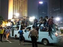 Polisi Geledah Setiap Mobil Konvoi Takbiran