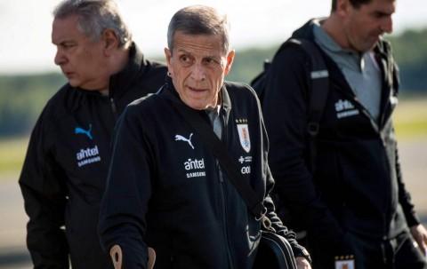 Pelatih Uruguay Merasa Beruntung Salah Absen