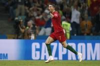 Ronaldo Brilian, Messi Disebut Tertekan