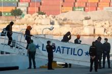 Ditolak Italia, 630 Imigran Diizinkan Masuk ke Spanyol