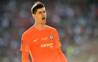 Chelsea Tolak Tawaran Madrid untuk Courtois
