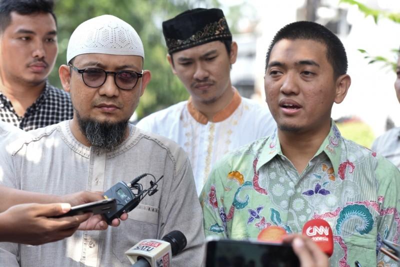 Penyidik senior KPK Novel Baswedan dan Ketua WP KPK Yudi Purnomo. ANT/Hafidz Mubarak.