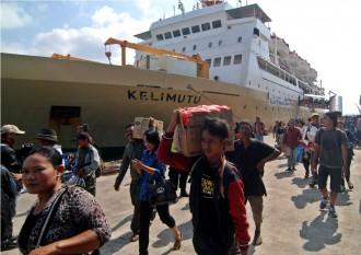 Arus Balik, Pelabuhan Meulaboh Mulai Dipadati Calon Penumpang