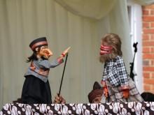 Kesenian Sunda Pukau Warga Inggris