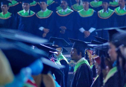 Wisuda Universitas Negeri Padang (UNP), ANT/Iggoy El Fitra.