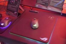ASUS Punya Mousepad ROG Balteus Wireless Charging, Seperti Apa?