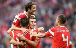 Hancurkan Mesir, Rusia Jadi Tim Pertama Lolos ke Babak 16-Besar