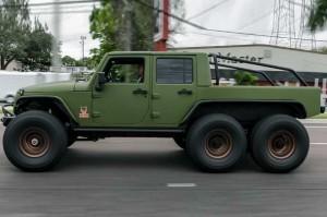 Jeep Wrangler 6x6 Garapan Bruiser Conversions