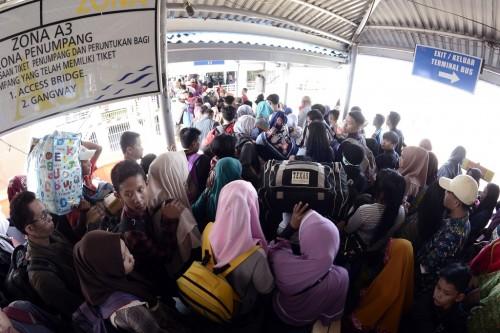 Arus balik di Pelabuhan Bakauheni Lampung pada Selasa, 19 Juni