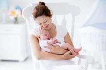 Begini Perjuangan Orang Tua Baru Melewati Tahun Pertama Kelahiran Anak