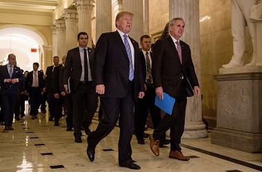 Presiden AS Donald Trump meninggalkan Capitol Hill, Washington,