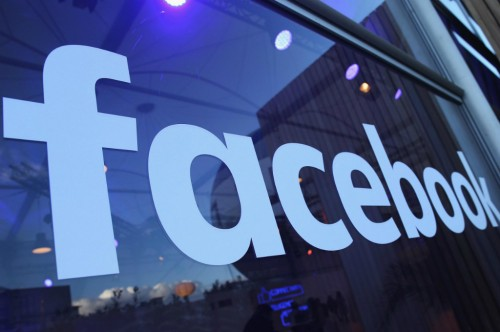 Facebook merilis alat baru memungkinkan admin grup membebankan
