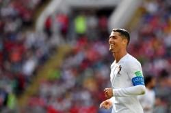 Pacar Ronaldo Pamer Cincin Tunangan pada Laga Portugal vs Maroko
