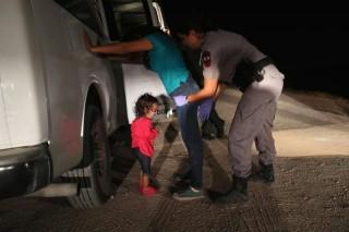 Paus Sebut Pemisahan Anak-anak Imigran Tak Bermoral