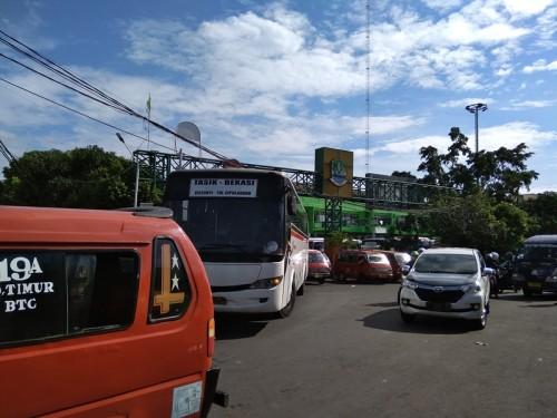 Terminal Induk Bekasi, Bekasi Timur Kota Bekasi.
