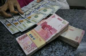 Keperkasaan Dolar akan Gerus Rupiah hingga Akhir 2018