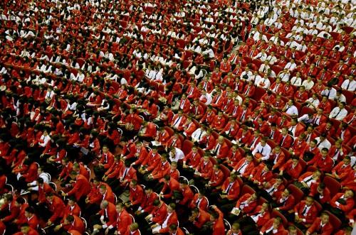 Prosesi penyambutan mahasiswa baru di Universitas Hasanuddin,