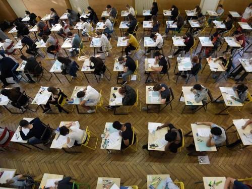 Ilustrasi siswa ujian. (Foto: AFP).