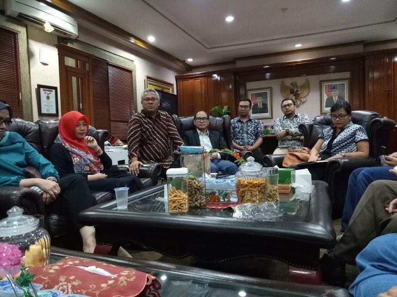 Sejumlah ahli hukum tata negara dan ahli pemilu berdiskusi soal PKPU - Medcom.id/Siti Yona.