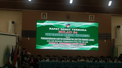 Wakil Presiden Jusuf Kalla menyampaikan orasi ilmiah saat