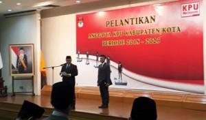 130 Anggota KPU Kabupaten/Kota Resmi Dilantik